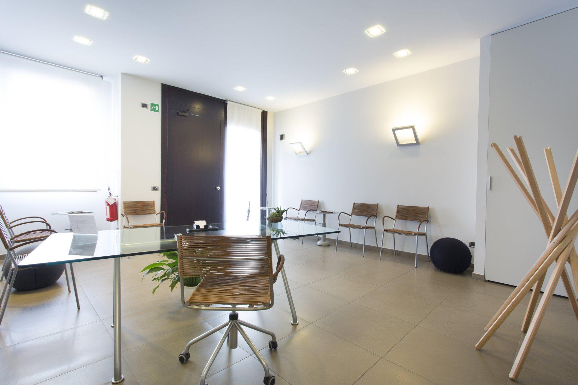 In Sala D Attesa.I Locali Dello Studio La Sala D Attesa Studio Dentistico